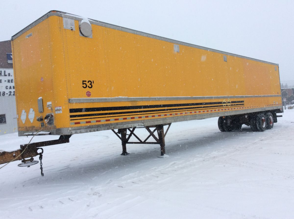 --- FOR SMALL BUDGET ---  1999 MANAC 94253 - Stock #: MP295 - Trailer type: closed - Length: 53 feet - Yellow color - Brakes: air - Number of axles: 2 axles - Axle spacing: 49 inches - Wheels: steel - Tires: 275 / 80R22.5 - Suspension: air - Equipment: with slider - Price on request only  Please note that we have two locations where trailers can be found, either in Lévis or in Saint-Georges. We suggest that you contact one of our experienced advisers to be informed of the location of the trailer before you travel.